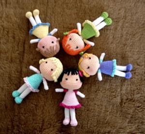 Niloya Amigurumi Free Pattern Doll Oyuncak Bebek : Patron gratis de munecos basicos amigurumi. A pedido ...