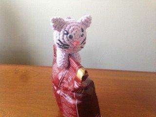 Patron gatito amigurumi - Patrones gratis | 240x320