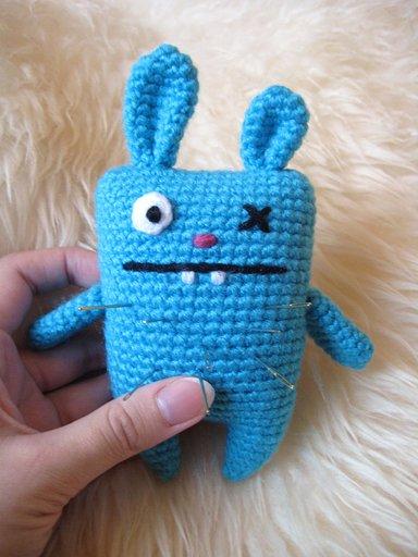 Wayuki_ugly_bunny_pincushion