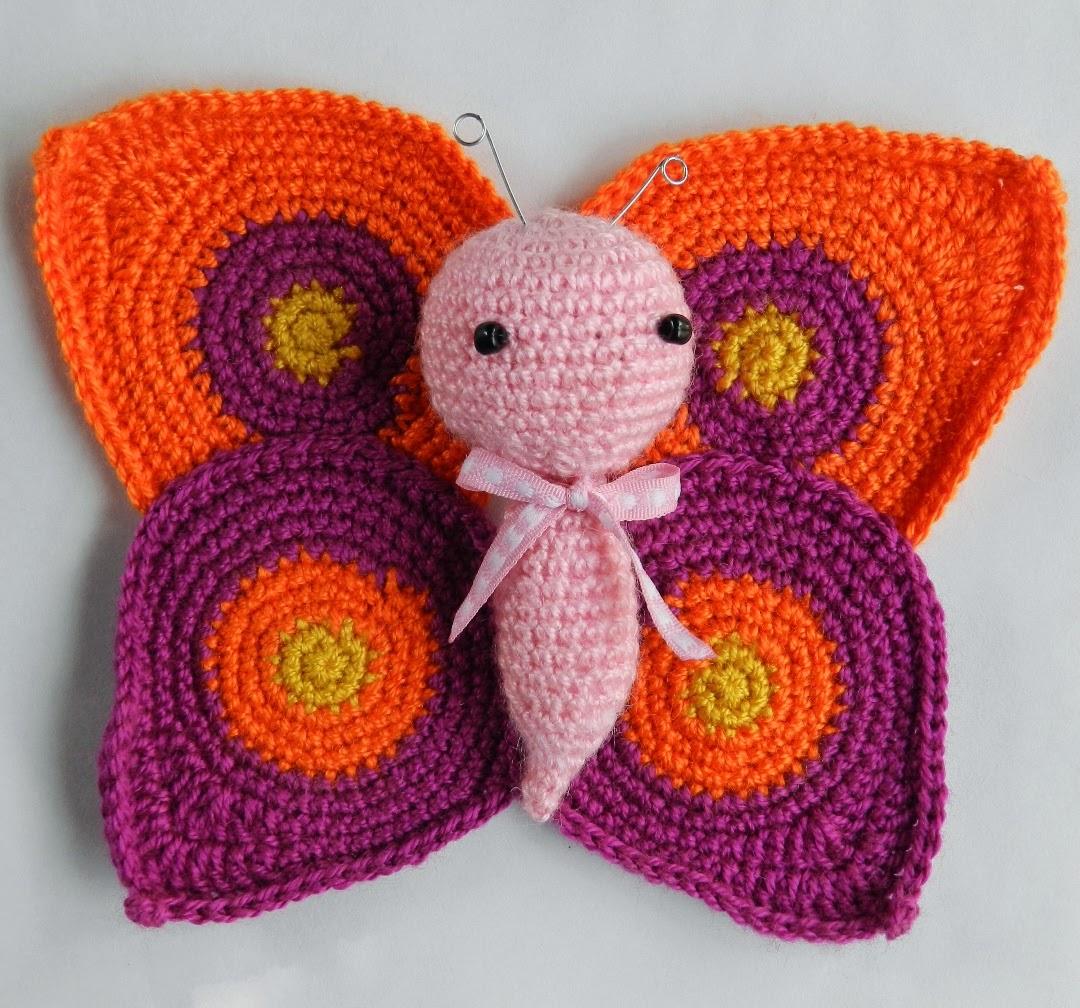 Cinco patrones gratis amigurumi de mariposas para sonajero, para el ...